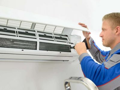 Chief Electricians split air conditioning installer in Melbourne for Bonaire on site